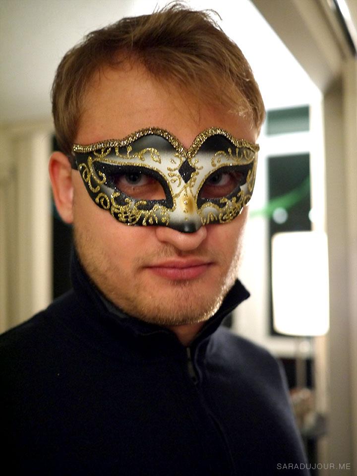 Masquerade Murder Mystery   Sara du Jour