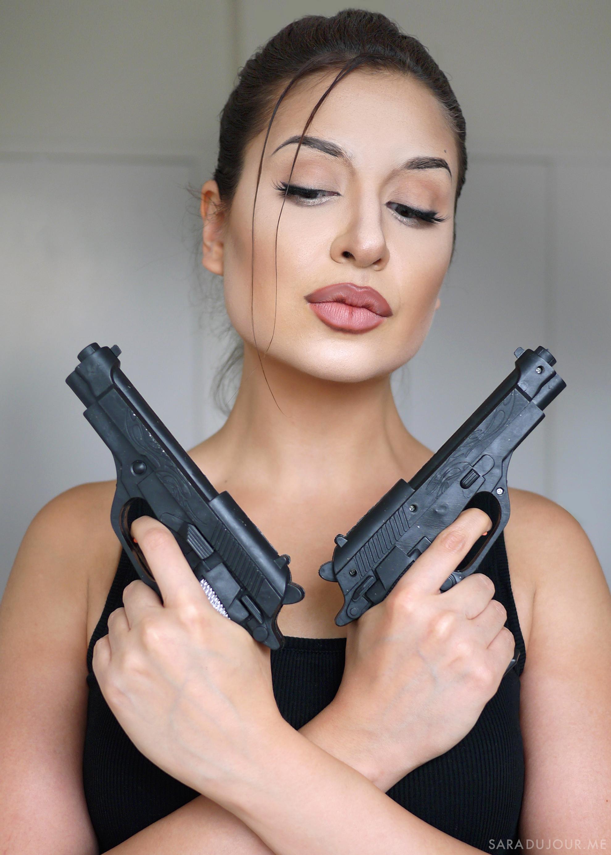 Lara Croft Cosplay Makeup - Angelina Jolie | Sara du Jour