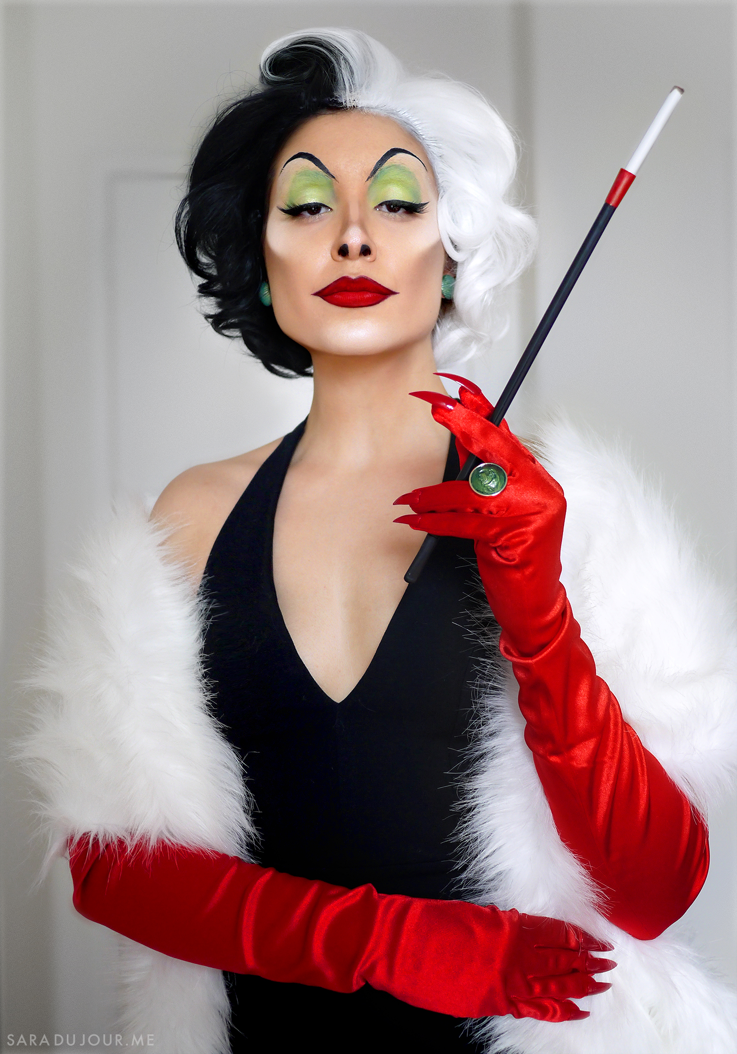 Cruella de Vil Cosplay Makeup Transformation | Sara du Jour